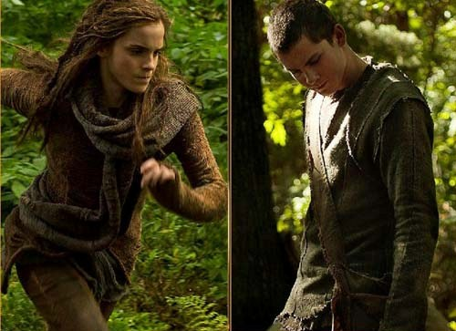 Emma-Watson-and-Logan-Lerman-in-Noah