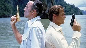The Man With the Golden Gun (1974) 2