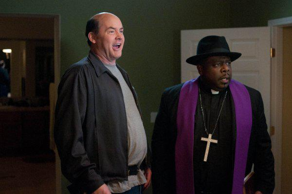 A-Haunted-House-_-David-Koechner-and-Cedric-the-Entertainer_q74_w600_h398