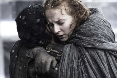 1.-Reactions-Jon-Snow-Sansa-Stark-Reunion-376x250